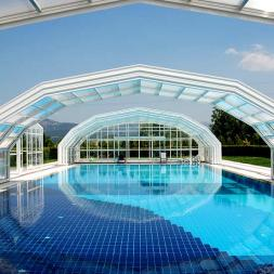 Retractable Enclosures - Roofs, Canopies, Skylights & Guillotines