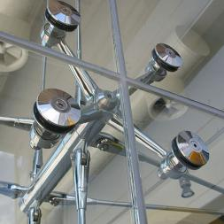Spider Glass - Suspended Glass Fins & Cable System