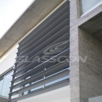 Brise Soleil with Aluminum Louvers Residential Glasscon 04.jpg